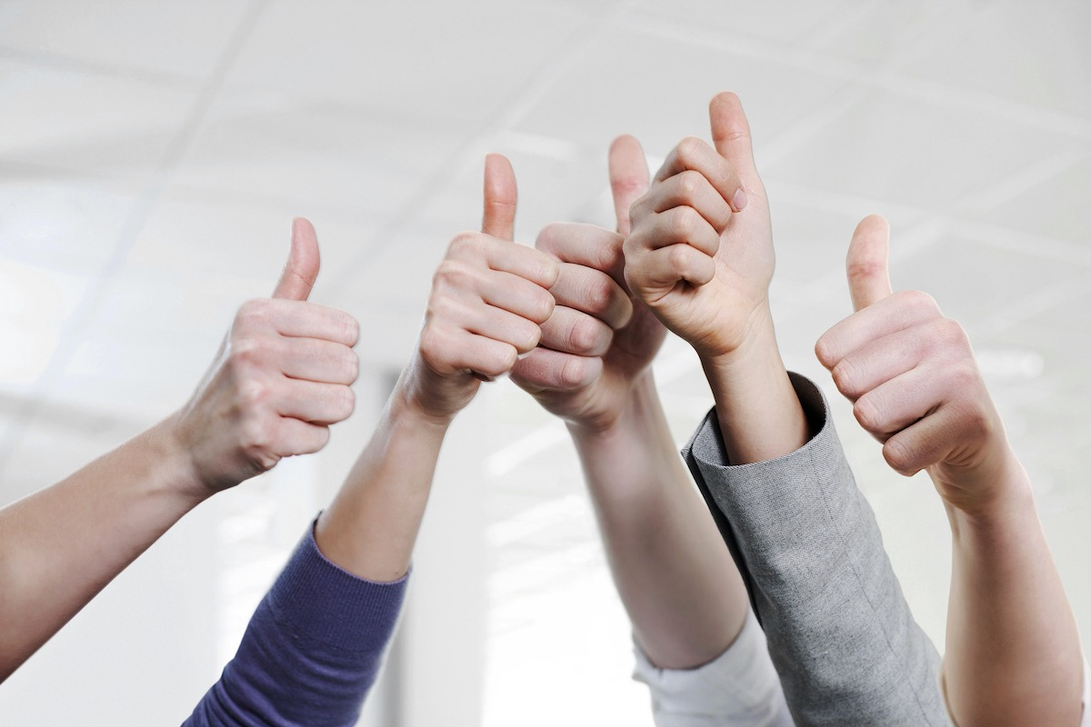 5 thumbs up Five Benchmarks of a Powerful Career Management Strategy
